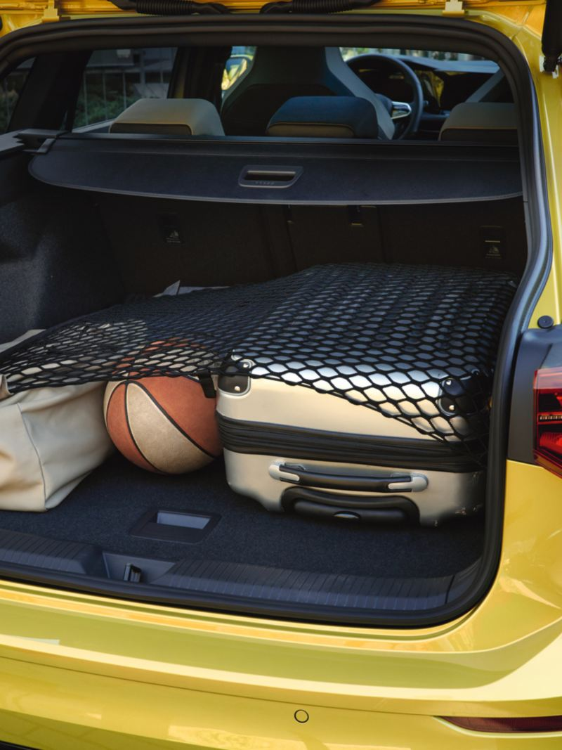 Loaded trunk of the Golf Estate