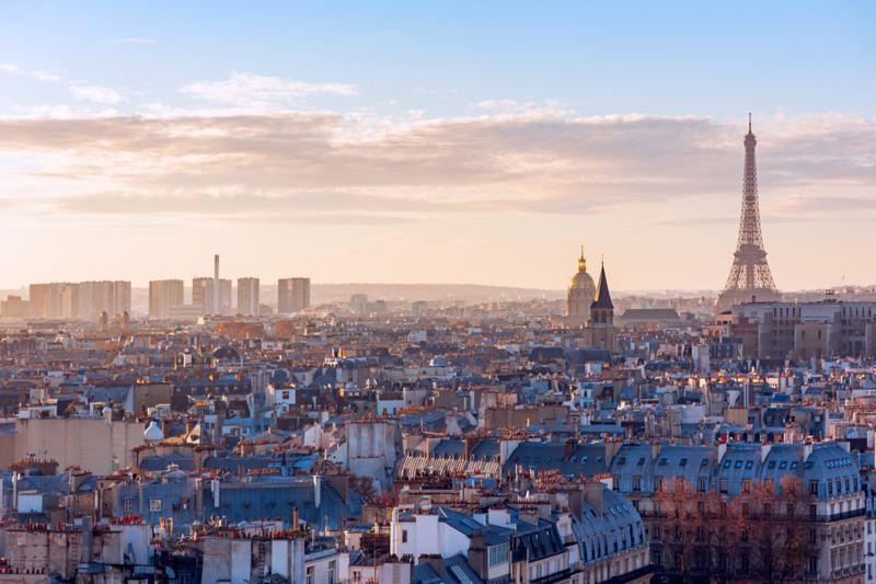 Ligne d'horizon de Paris avec la Tour Eiffel