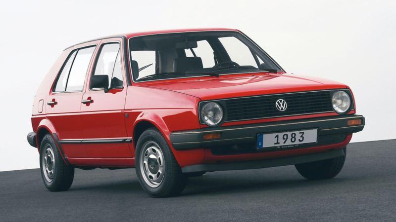 Golf II 1983 rossa tre quarti