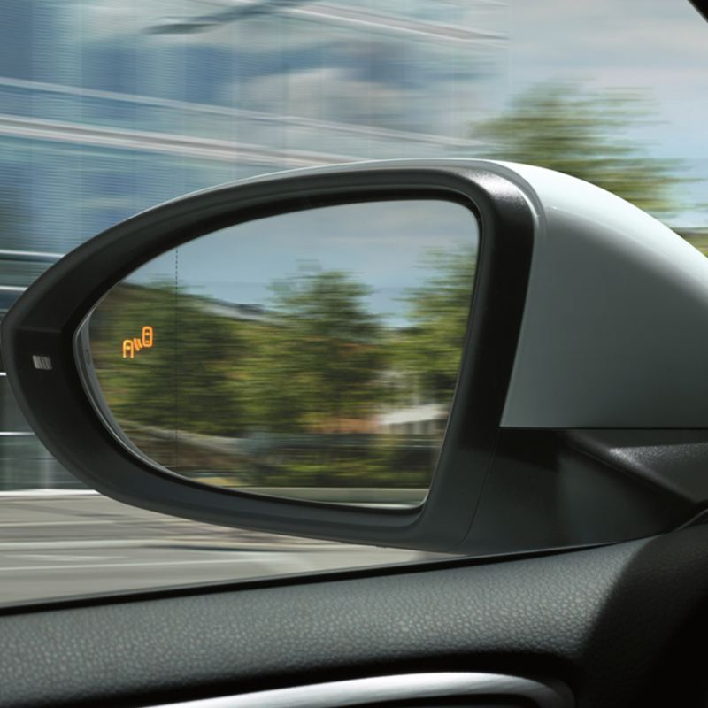 The Volkswagen Golf's assistance systems, featuring blind-spot assist