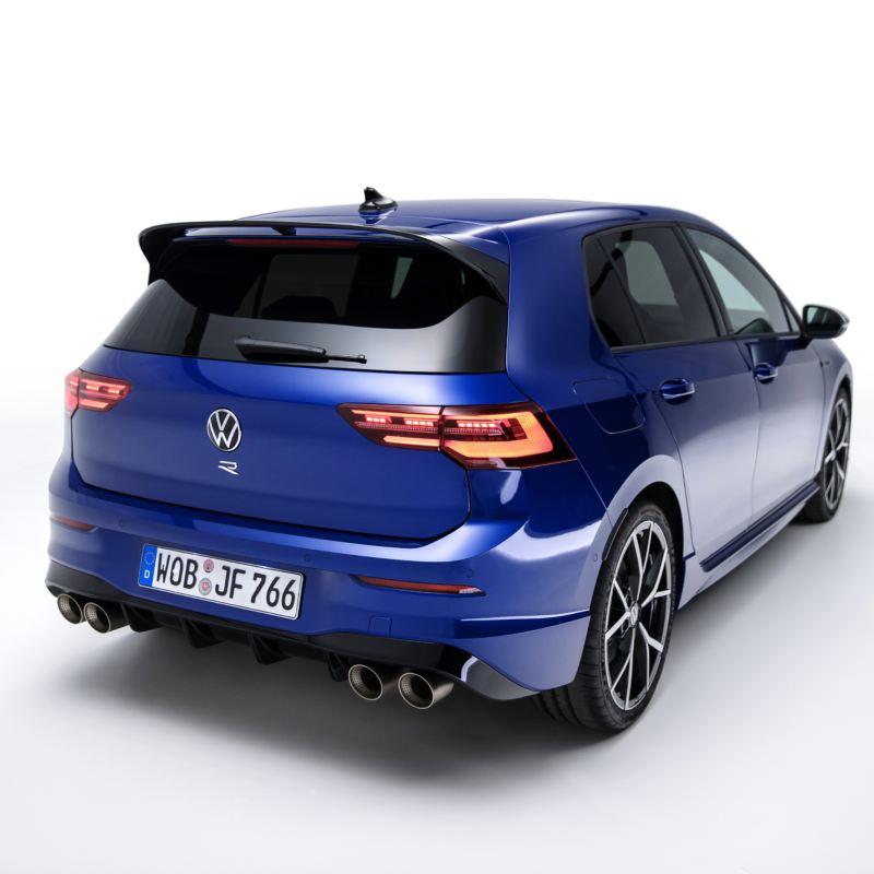 Oficjalnie zaprezentowany: debiut Golfa R z silnikiem o mocy 320 KM