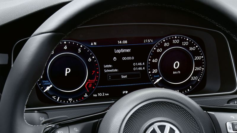 The lap timer function on the Active Info Display in the Volkswagen Golf R