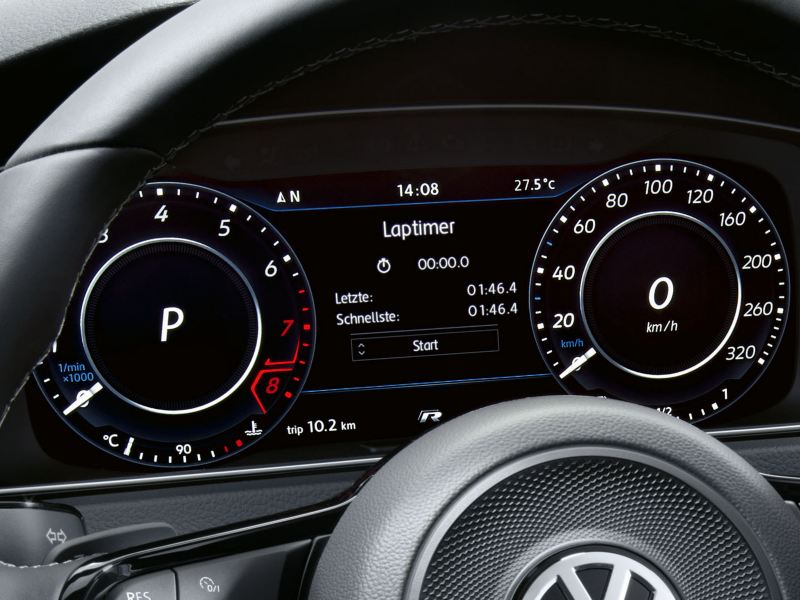 The Active Info Display showing the lap timer function in the Volkswagen Golf R
