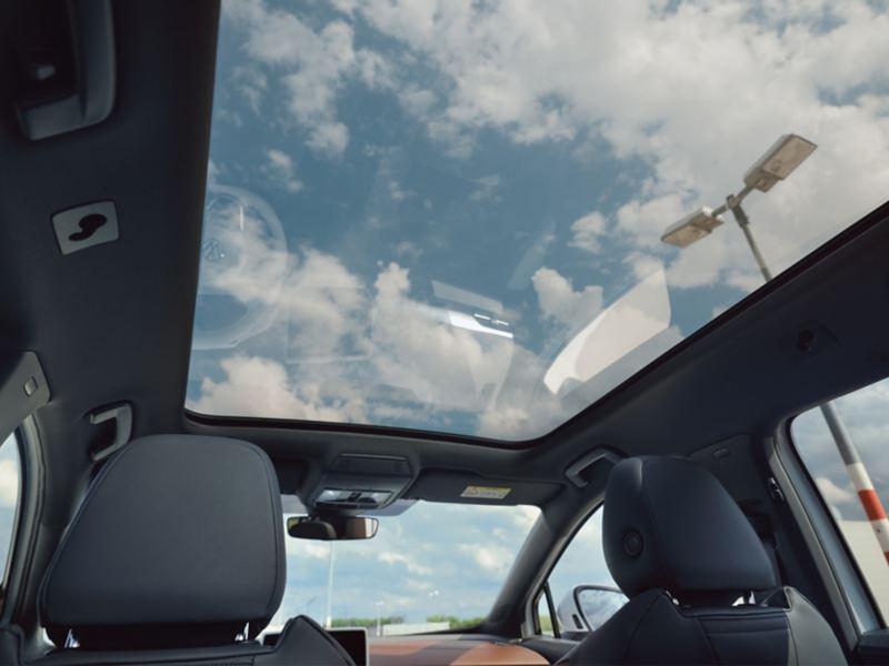 VW ID.4 med panoramaglastak