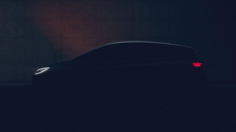 Volkswagen ID.3 fra siden i mørket