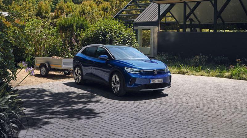 VW Volkswagen ID.4 elbil SUV med tilhenger