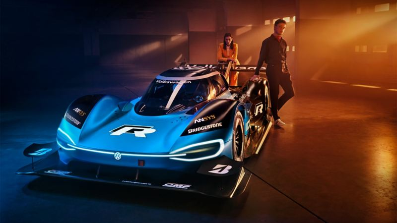 ID. R electric racing car from Volkswagen seen from the side