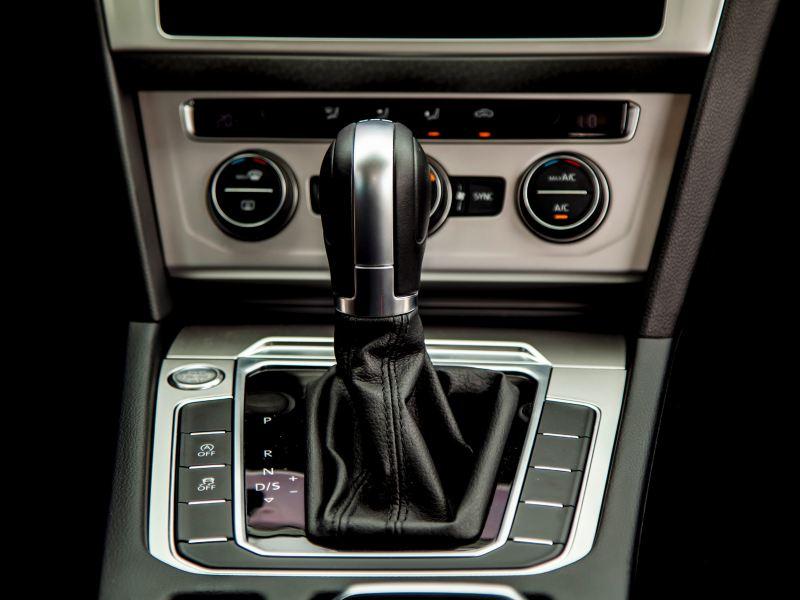 Hộp số Volkswagen Passat 2020