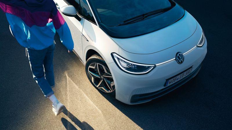 Vista dall'alto parte anteriore di VW ID.3