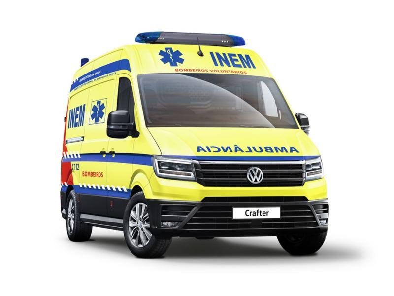 Carrinha comercial VW Crafter adaptada para Ambulância do INEM.