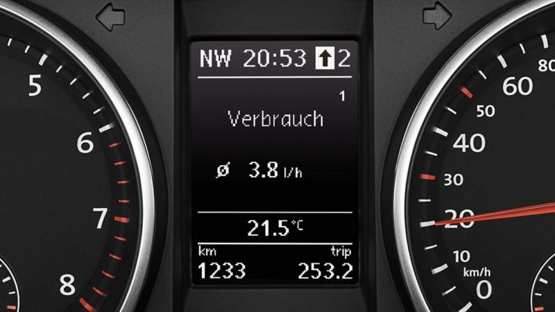 Visualizzazione dell'indicatore della marcia consigliata sul display multifunzione di VW Golf