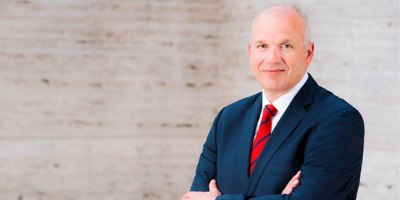 """Jürgen Stackmann, membro do Conselho de Administração da Volkswagen Veículos de Passageiros, responsável pelas """"Vendas, Marketing e Após Venda"""""""