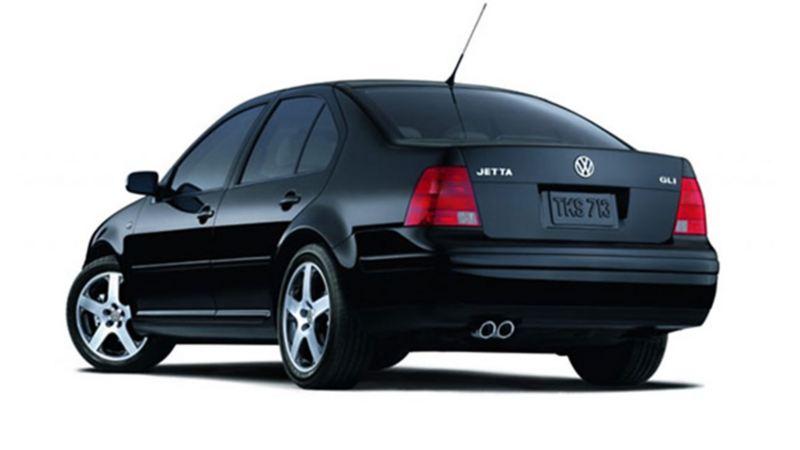 Jetta GLI MKIV - Auto familiar de Volkswagen en color negro