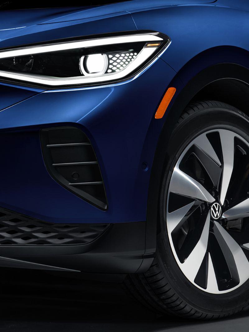 Volkswagen ID.4 – front lights side view