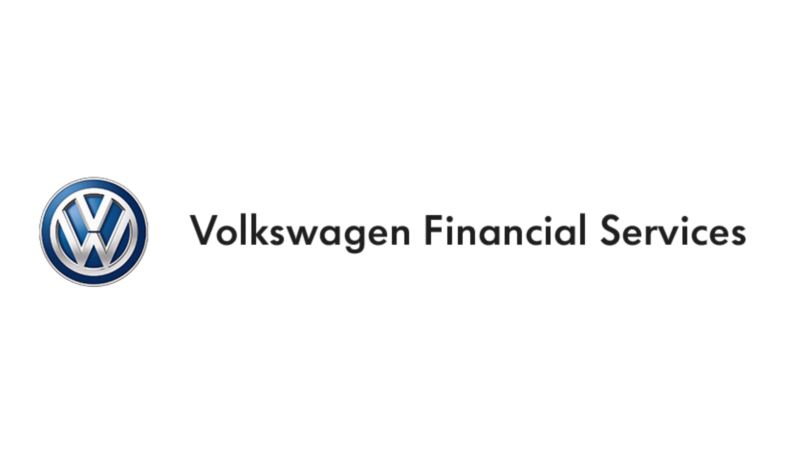 Scritta Volkswagen Financial Services con logo Volkswagen