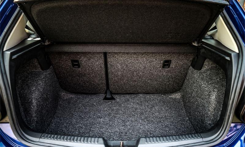 Khoang hành lý rộng rãi của Volkswagen Polo