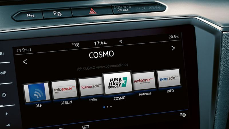 Image of the radio navigation system in the on-board computer of a VW Passat
