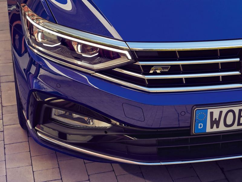 Phares matriciels LED IQ.LIGHT R-Line d'une Passat.