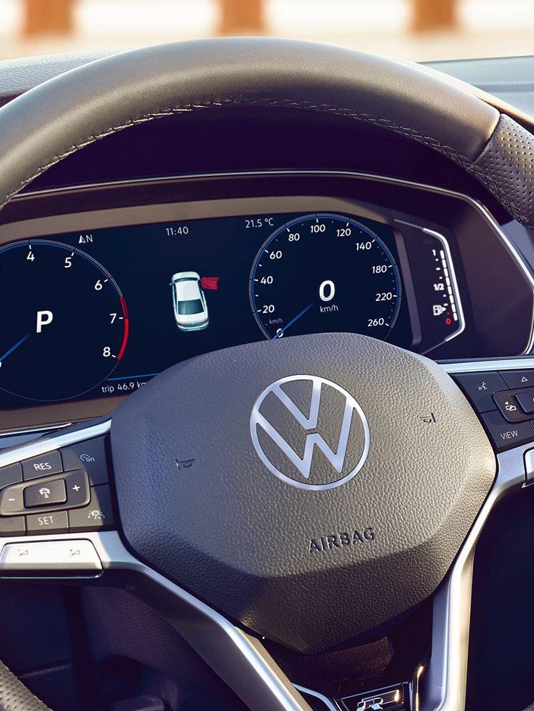 Cockpit Digital do VW Passat GTE, visualização da autonomia.