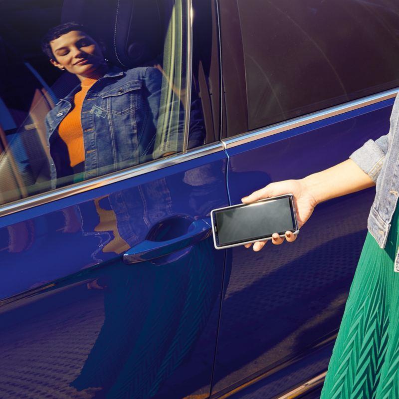 We Connect - O seu smartphone torna-se a chave do carro