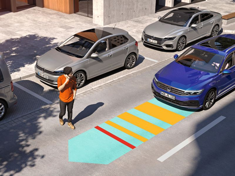 "Passat: diagrammatic representation of the emergency brake assistant ""Front Assist"", pedestrian crosses the road"