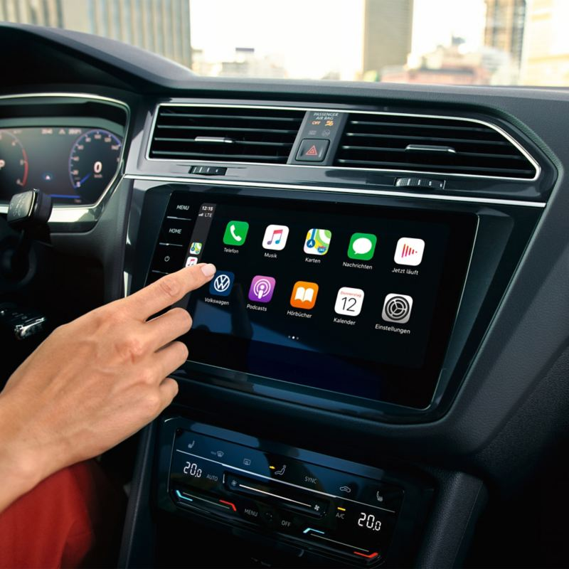 "Apple CarPlay med Car-Net navigationssystem ""Discover Pro""."