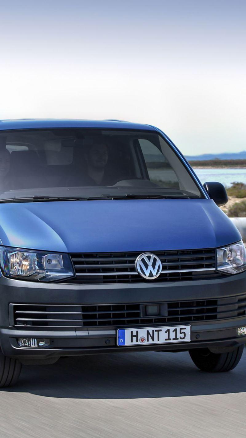 Nowy Volkswagen Transporter T6.1 na drodze