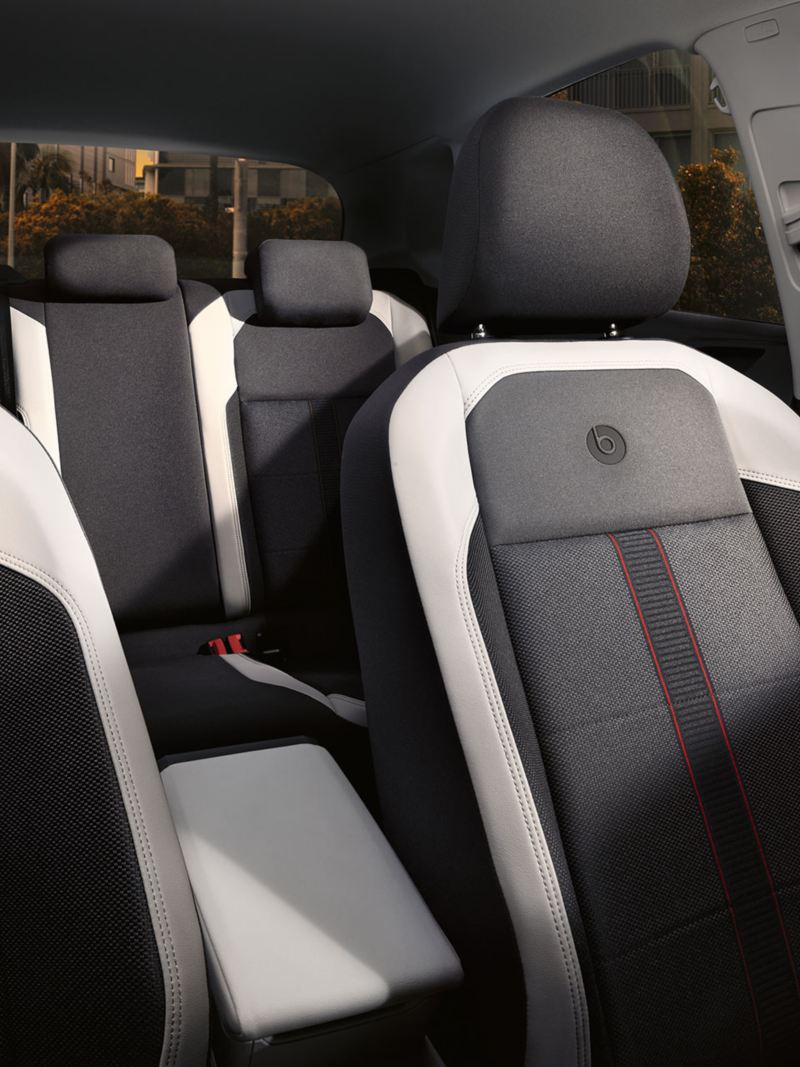 "Interior with sport seats in ""beats""-Design with fabric ""Tracks 2"" in Aqua Graphite"