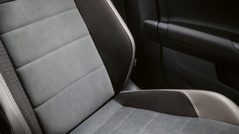 Darstellung eines Sitzes mit Lendenwirbelstütze in einem VW Polo