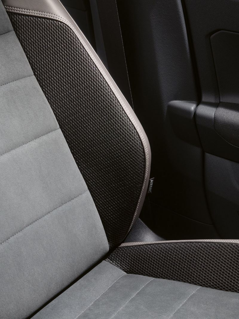 Polo seat with lumbar support