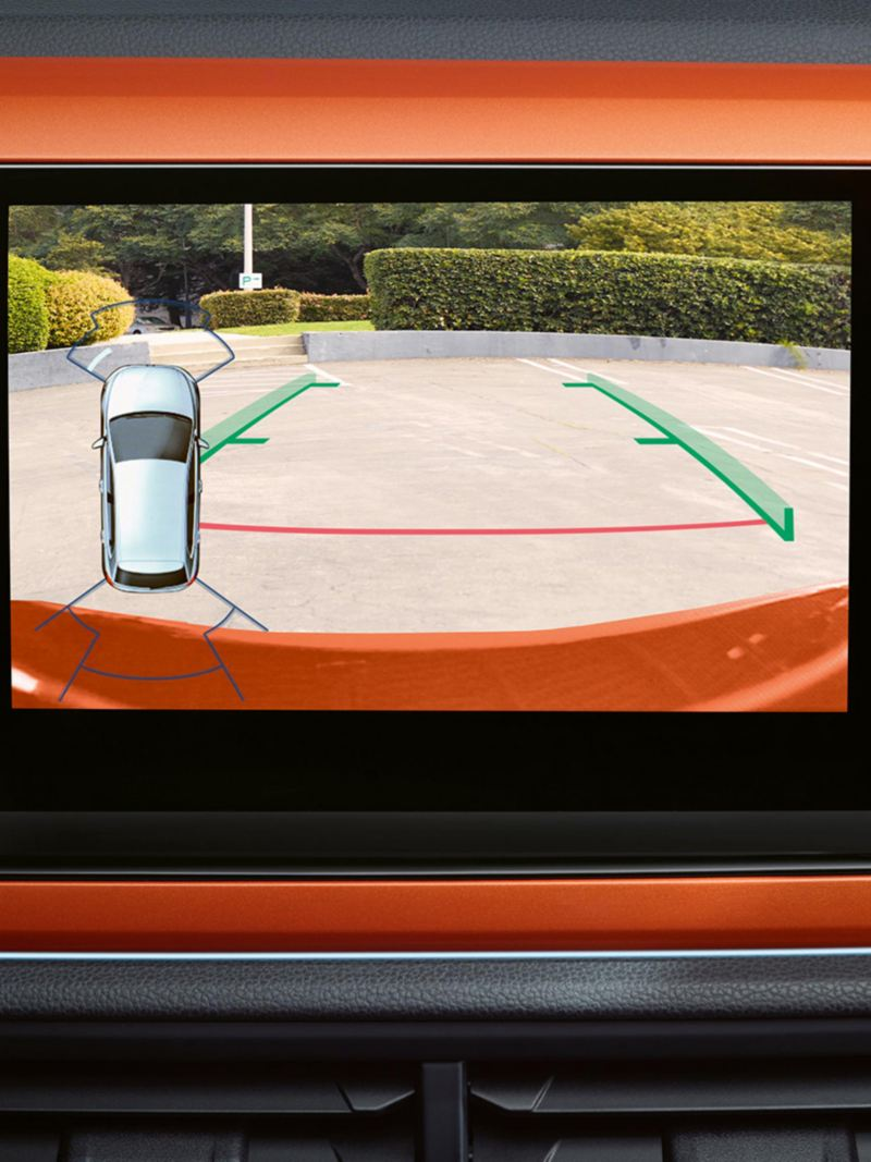Polo display with rear view