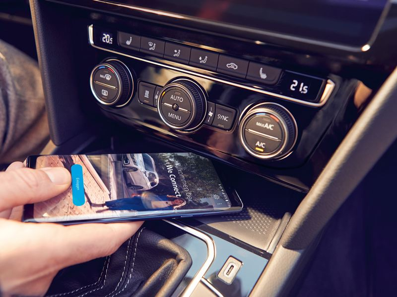 Ihr Passat wird mit We Connect zum Connected Car