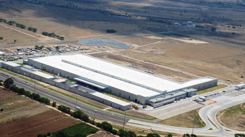 Toma aérea de la planta de motores Volkswagen en Silao, Guanajuato