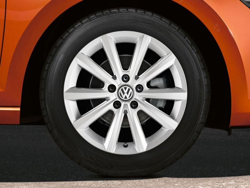 Dettaglio Pneumatico e cerchio Volkswagen Polo
