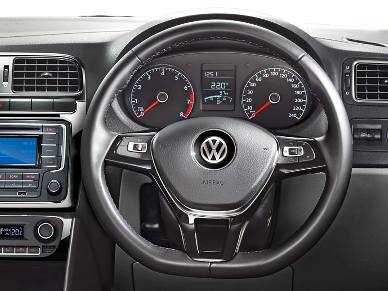Polo Multi Function Steering Control