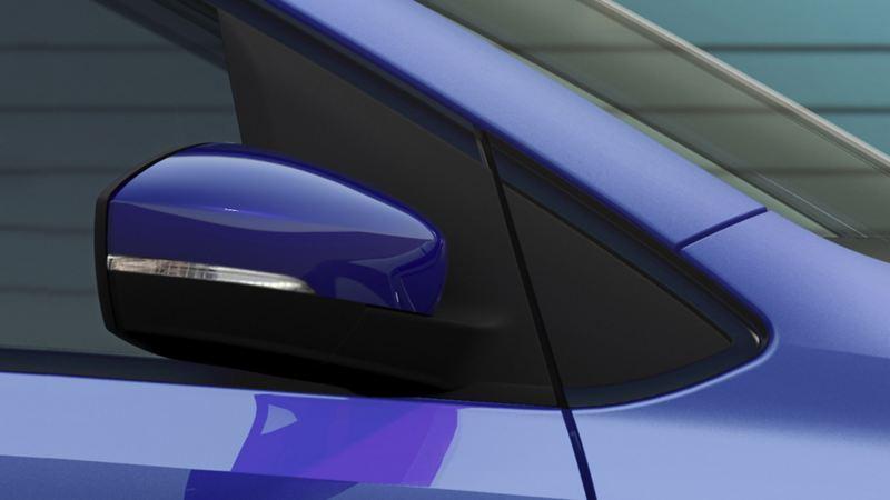 Retrovisor presente en el exterior de Nuevo Polo 2020 de Volkswagen, auto compacto