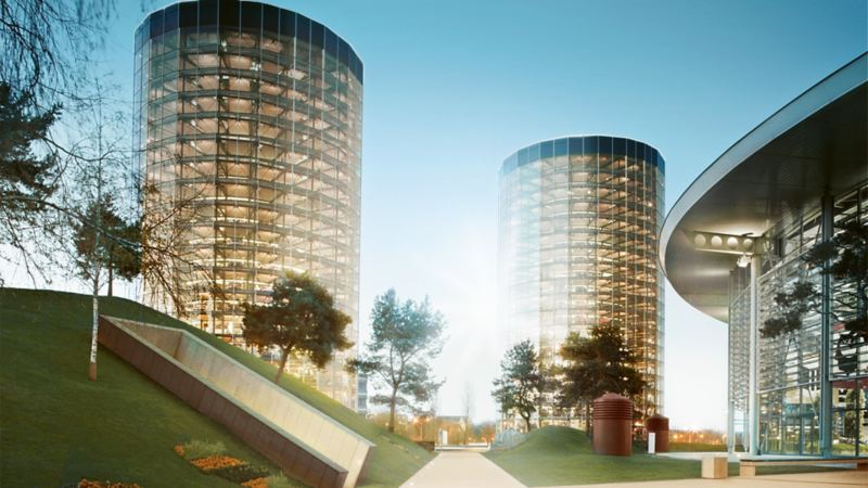 View of the two towers at VW Autostadt