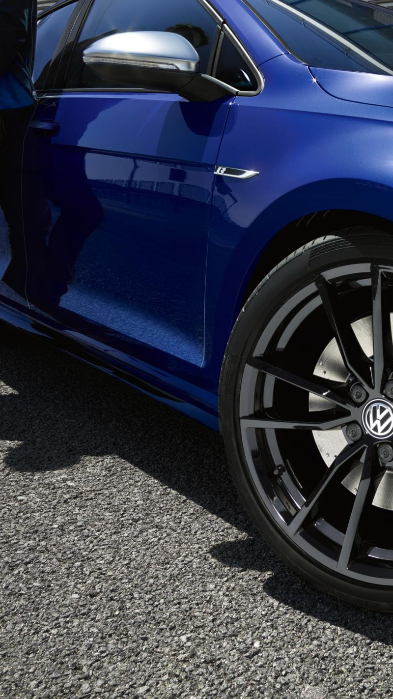 Dettaglio dei freni di una Volkswagen - VW Service