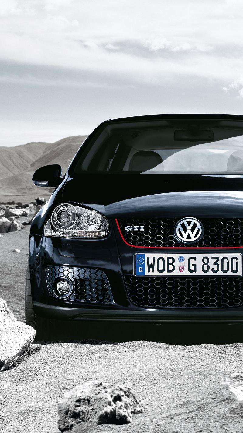 Frontale Volkswagen Golf GTI nera