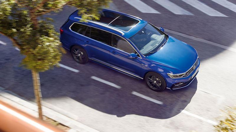Volkswagen Passat Variant in marcia