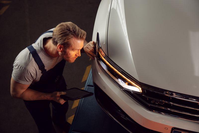 Volkswagen 原廠車燈