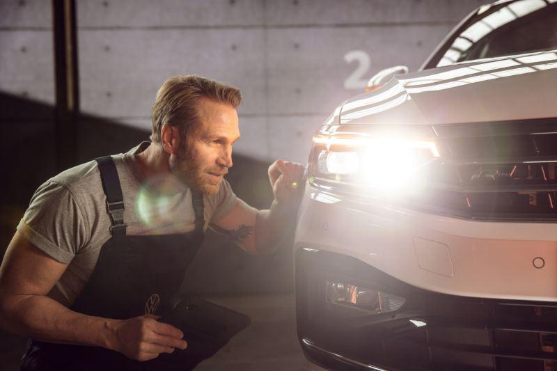 Volkswagen原廠車燈