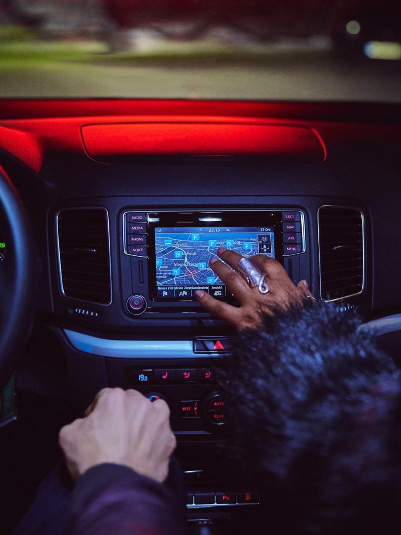 Infotainment-Steuerung per Touchscreen