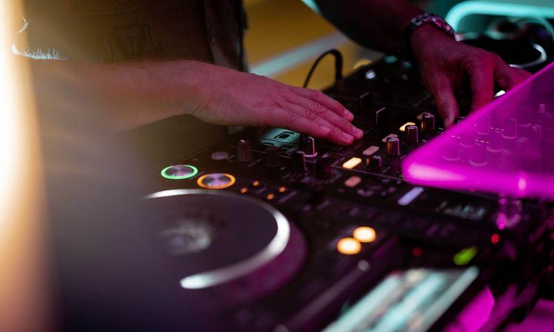 Daniel Klein at the DJ desk on Ibiza