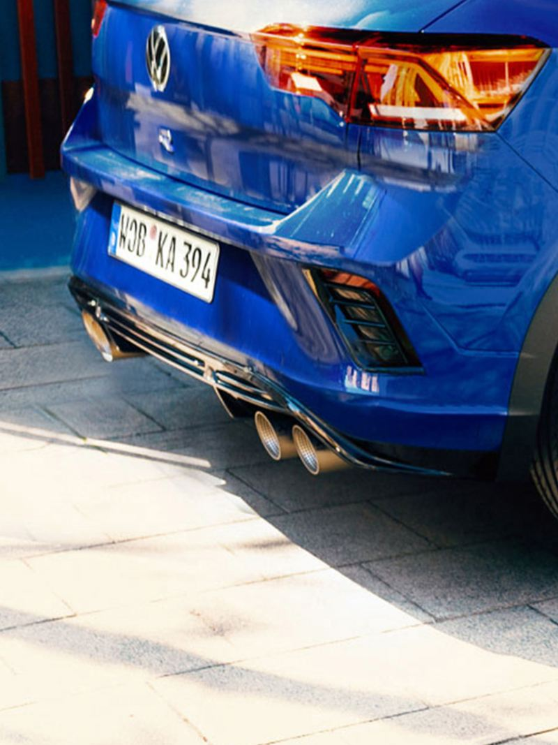 VW T-Roc R rear view with focus on tail pipes