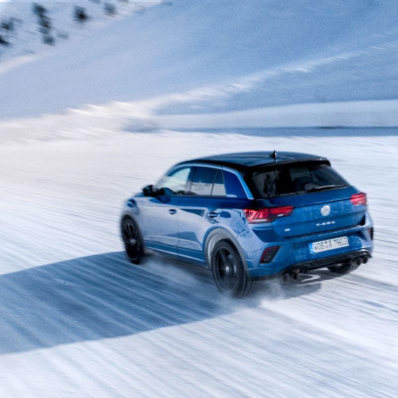 T-Roc R im Schnee