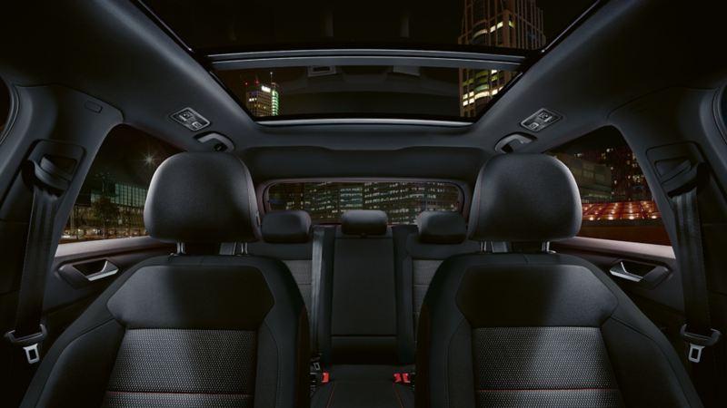 Panoramasoltak i Volkswagen T-Roc