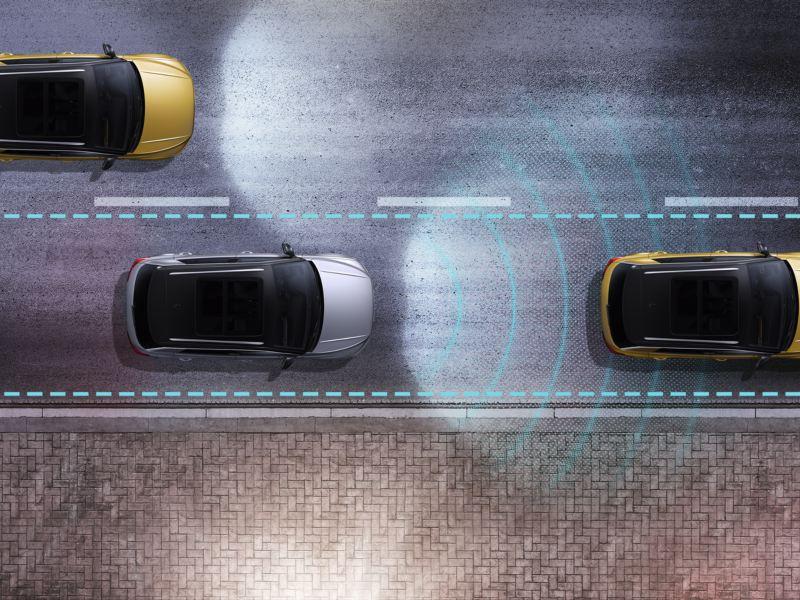 T-Roc dans la rue avec d'autres véhicules et représentation graphique du capteur de l'Aide aux embouteillages.