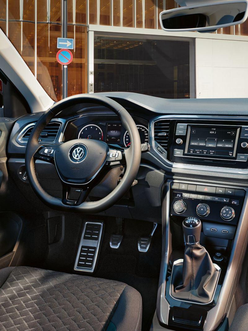 T-Roc IQ.DRIVE wnętrze