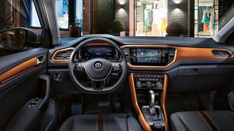 Intérieur du T-Roc Style avec dash pad en Energetic Orange.